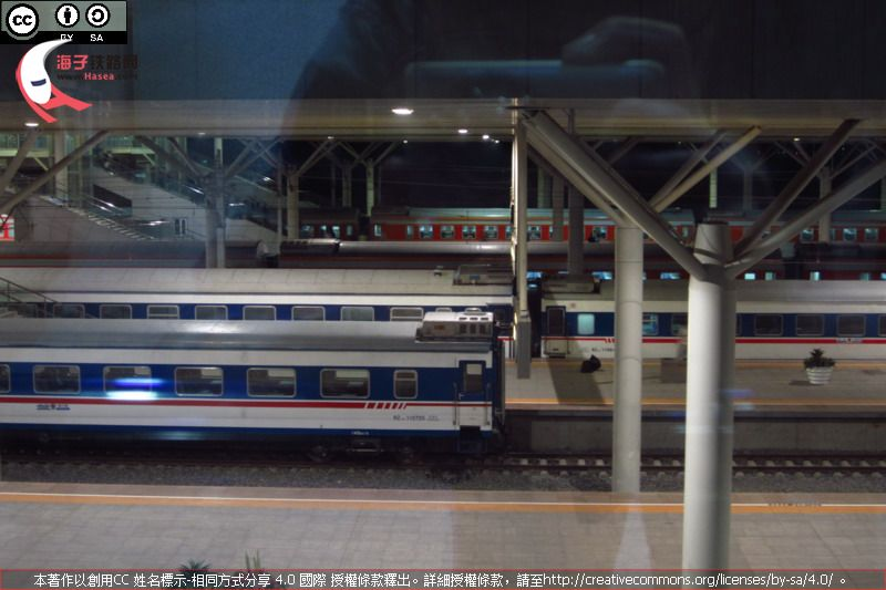 RZ 25Z, RZ 25K and YW 25G at Baotou Sta.JPG